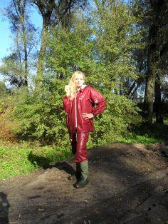 Wellies Rain Boots, Rubber Raincoats, Rain Gear, Cute Boots, Macs, Raincoats For Women, Nylons, Rain Jacket, Leather Jacket