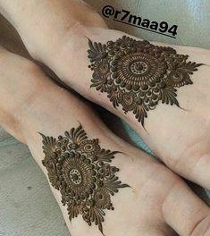 "8,219 Likes, 16 Comments - ✨ Daily Henna Inspiration ✨ (@hennainspo_) on Instagram: ""matching mandalas ❄ // by @r7maa94 . . . . . . #henna #mehndi #whitehenna #wakeupandmakeup…"""