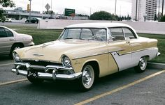 1955 Plymouth Savoy Club Sedan Plymouth Savoy, Plymouth Belvedere, Vintage Cars, Antique Cars, Pick Up 4x4, Dodge Vehicles, Us Cars, Police Cars, Mopar