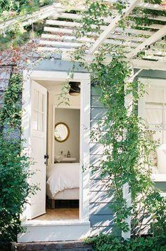 Dream Airbnb: This studio cottage in Santa Barbara, California