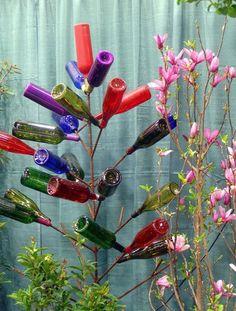 feitos com potes de vidro (azeitona, palmito e etc...).  Pra base, podem ser usados castiçais ou até mesmo um pezinho de abajur      h...