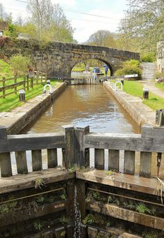 Lob Mill Lock on the Rochdale Canal in Todmorden, Calderdale, West Yorkshire