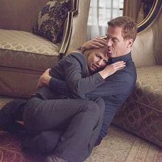 Claire Danes and Damian Lewis in Homeland Homeland Tv Series, Carrie Mathison, Spy Shows, Alex Rider, Damian Lewis, Morena Baccarin, Claire Danes, Movie Couples, Denzel Washington