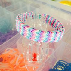 Rainbow Loom Bracelet Flexafish using the Monster Tail White Teal Purple Pink bands