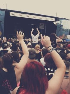 warped tour <<< I want to be there so bad