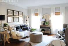 Rental - Adding a Console in Our Living Room - Dear Lillie Studio Living Room Furniture Layout, Living Room Mirrors, Living Room Seating, Living Room Sets, Home Living Room, Living Room Decor, Glamour Living Room, Sofa Layout, Moroccan Furniture