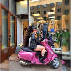"34 tykkäystä, 3 kommenttia - ReVibesButik (@revibesbutik) Instagramissa: ""Revibesbutik #drfranklin #superdry #vespa #myhelsinki #secondhandshop"" Helsinki, Vespa, Motorcycle, Instagram, Women, Wasp, Hornet, Vespas, Motorcycles"