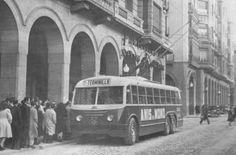 El 8 de mayo de 1951 entró en servicio el primer trolebus en Zaragoza denominandose la ruta del Terminillo (más tarde pasaría a denominarse Ciudad Jardín), teniendo su punto de partida en Independencia, más tarde en Sta. Engracia.