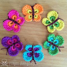 Sweet and simple lil' butterflies….an easy applique for any crochet project! Pictures show just a few of the different ways you can use these colorful beauties.