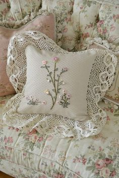 Lovely Vintage, Handmade Ribbon Embroidered Pillow, and Floral Sofa~Perfect for my Sweet Cottage Look~❥ Silk Ribbon Embroidery, Hand Embroidery, Embroidery Designs, Flower Embroidery, Machine Embroidery, Shabby Style, Shabby Chic Decor, Shabby Chic Pillows, Linens And Lace