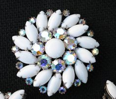 VINTAGE WEISS SIGNED MILKGLASS AND AB RHINESTONE BRACELET, BROOCH,EARRINGS  lmholgate (seller) ebay.com