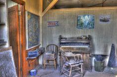 Organ Painterly1040 Bodie California