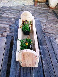 no-cost wooden pallet pot holder or planter shelf