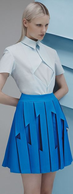 Georgia Hardinge spring 2015...not something I'd wear but I really appreciate the artistic qualities of the design...