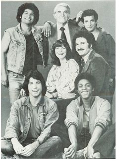 'WELCOME BACK KOTTER' (1975-1979). Yes, John Travolta front left. So glad I was able to watch this tonight. :)