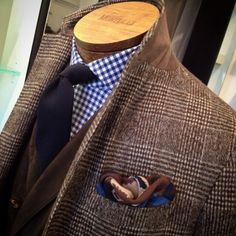 Gentleman Style 272186371212686469 - Shades of brown & blue from Eleventy. Source by vincent_denoeux Gentleman Mode, Gentleman Style, Dapper Gentleman, Sharp Dressed Man, Well Dressed Men, Mens Fashion Suits, Mens Suits, Men's Fashion, Fashion Styles