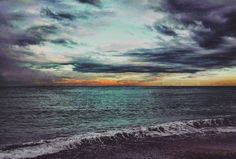 E il naufragar m'è dolce in questo mare  And sinking in this sea is sweet to me [Giacomo Leopardi]    #myphoto #photographer #canon70d #skyporn #cloudsporn #clouds #cloudy #sea #beautifulview #beautifuldestinations #wonderfulplaces #nature #naturephotography #huntgram #igmasters #travel #travelblogger #travelphotography #followme #instagood #goodvibesonly #splendid_shotz #scenic #landscapehunter #landscapephotography #landscapephoto #landscape #landscaping #vacationtime #cool