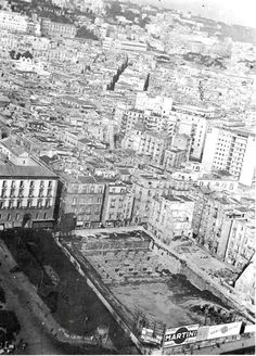 Lavori in Piazza Municipio...... (sembra oggi) Napoli antica