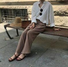 New fashion asian street chic Ideas Korean Fashion Trends, Korean Street Fashion, Asian Fashion, Trendy Fashion, Style Fashion, Simple Outfits, Casual Outfits, Fashion Outfits, Fashion Hacks