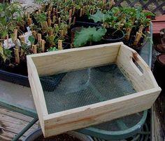 GRANDBOB'S GARDEN: Make This Handy Little Compost Sifter