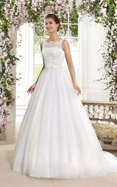 Novia D'Art - Proposals Bridal Specialists, Chichester