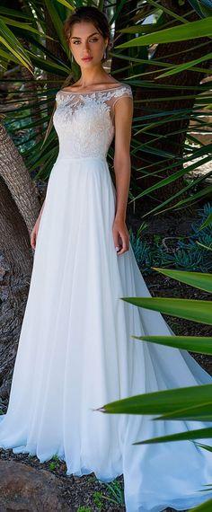 Fashionable Tulle & Chiffon Bateau Neckline Full-length A-line Wedding Dress With Lace Appliques #weddingdress