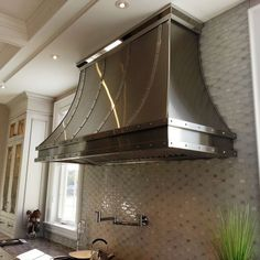 Love the hood! Stainless Steel Range Hood by Kevin Foley Kitchen Vent Hood, Kitchen Exhaust, Kitchen Hutch, Kitchen Floor, Kitchen Redo, Range Hood Cover, Range Hoods, Stainless Steel Range Hood, Stainless Steel Kitchen