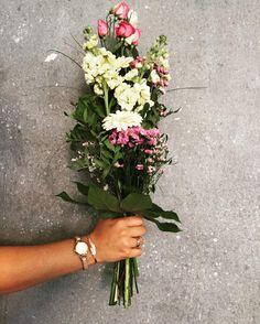 Ein blumiges langes Wochenende euch, ihr Lieben💐💐💐 #flowerstagram #flowers…