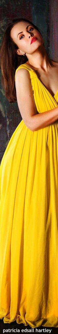 Mellow Yellow, Mustard Yellow, Lemon Yellow, Jaune Orange, Glamour, Yellow Fashion, Shades Of Yellow, Yellow Dress, Fashion Boutique