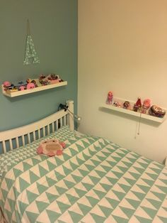 Kids bedroom Kids Bedroom, Toddler Bed, Kids Rugs, House, Furniture, Ideas, Home Decor, Homemade Home Decor, Kid Friendly Rugs