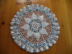 BEAUTIFUL VINTAGE BLUE, AND WHITE HAND CROCHETED DOILY, FLOWERS!!!