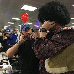 Foto di oggi 07/12/2016 ICAP Charity Day 😍 on twitter #tomhardy #icapcharityday