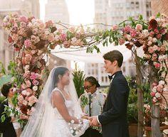 ARIEL DEARIE FLOWERS: A Late Summer Manhattan Wedding