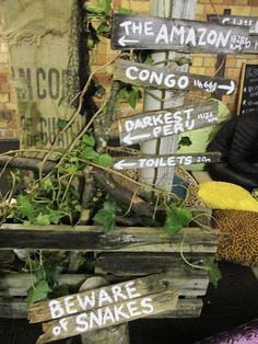 Jungle signs made from old decking timber Jungle Theme Parties, Safari Party, Safari Theme, Jungle Safari, Party Themes, Jungle Book Party, Safari Wedding, Themed Parties, Jungle Decorations