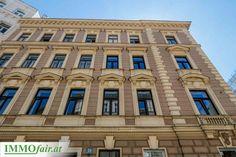 Modernisierter #Altbau in #Wien Eckhaus, Next Door, Multi Story Building, Louvre, Doors, Mansions, House Styles, Travel, Home Decor