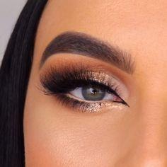 Cute eye makeup tutorial by makeupbyserenacleary Sparkly Eye Makeup, Cute Eye Makeup, Eye Makeup Steps, Makeup Eye Looks, Eye Makeup Art, Eyebrow Makeup, Gorgeous Makeup, Skin Makeup, Makeup Tutorial Eyeliner