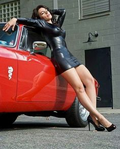 Vintage Cars Girl Alfa Romeo 42 Ideas For 2019 Maserati, Ferrari Laferrari, Sexy Autos, Hot Girls, Alfa Romeo Gta, Pin Up, Chef D Oeuvre, Top Cars, Sexy Skirt