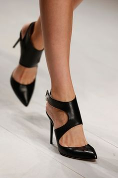 Awesome black leather heels #runwaystyle