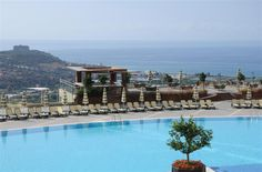 Luxury family apartment in In one of the most famous residential complex in Alanya. Furnished spacious apartment with two bedrooms for sale.  Apartment is located in the private complex Goldcity, with beautiful views of the Taurus Mountains and the Mediterranean Sea from its terrace and balcony. A world of its own that sits on an area of 211.677 sqm. This complex has incredible infrastructure:   -12 outdoor and indoor swimming pools, Olympic-size pool, and a children's pool  -Private beach…
