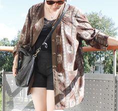 Martje: Potprint shirt from fleamarket Kimono Top, Lifestyle, Shirts, Clothes, Tops, Women, Fashion, Outfits, Moda