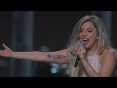 Lady Gaga Live at Oscar Awards 2015 'Sound Of Music'