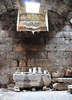 Aizanoi. Cripta del templo de Zeus.
