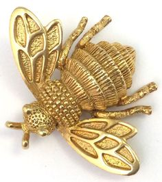 VINTAGE GOLD TONE METAL BUMBLE BEE BUG INSECT BROOCH PIN DESIGNER AVON JEWELRY | Jewelry & Watches, Vintage & Antique Jewelry, Costume | eBay!