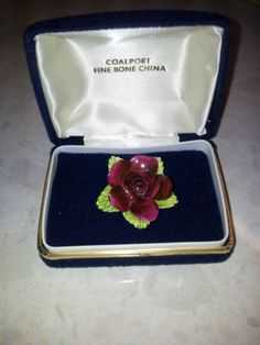 Beautiful-Vintage-COALPORT-Fine-Bone-China-Brooch-in-Original-Box-Mint-Condition...ianp48 ebay