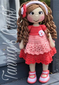 Crochet Doll Pattern Crochet Dolls Crochet Patterns Coral Dress Amigurumi Doll Easy Crochet Doll Patterns Curly Hair Styles Little Girls Crochet Doll Pattern, Crochet Bunny, Crochet Dolls, Free Crochet, Crochet Hats, Crochet Simple, Stuffed Toys Patterns, Amigurumi Doll