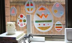 Create a rainbow of Easter colour with these adorable stained glass Easter window decorations. Kids will love making this 'stained glass' Easter craft. Easter Arts And Crafts, Easter Egg Crafts, Easter Crafts For Kids, Spring Crafts, Holiday Crafts, Easter Eggs, Easter Decor, Easter Activities, Craft Activities