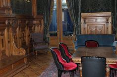 Het interieur van de Koninklijke Wachtkamer, afkomstig uit het voormalige station Den Haag Staatsspoor