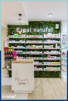Farmacia Guarc - Esparraguera (Spain) #Concep· #Interiordesing #design #style #interior #deco #farmacia #pharmacy #reforma #diseñointeriores #interiorismo