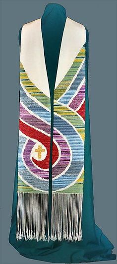 Beautiful hand woven art, painted silk accesories, and beaded jewelry by artist Sandra Briney