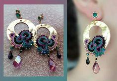 Selenas earrings